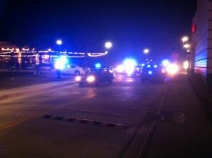 Police surround the mall. (Source: NOLA.com